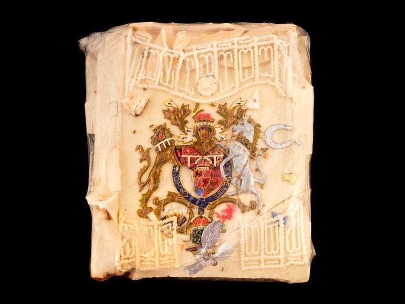Rebanada del pastel de bodas del príncipe Carlos y Lady Di fue subastada por más de 2 mil dólares