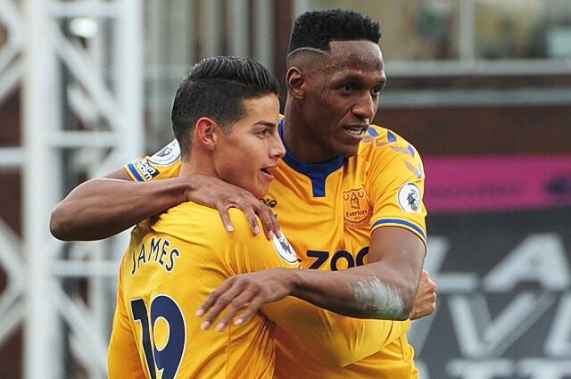 James Rodríguez y Yerry Mina, futbolistas colombianos