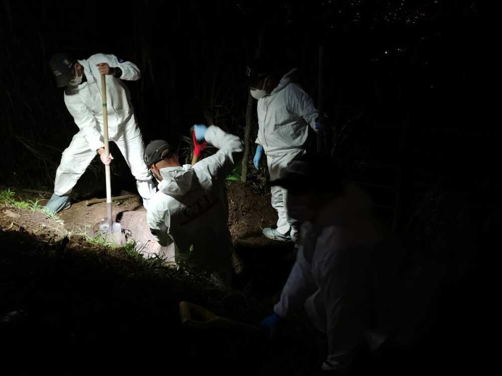 exhuman cuerpo de una mujer en Copacabana.jpg