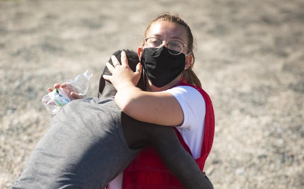 Migrantes africanos tratando de entrar a España.