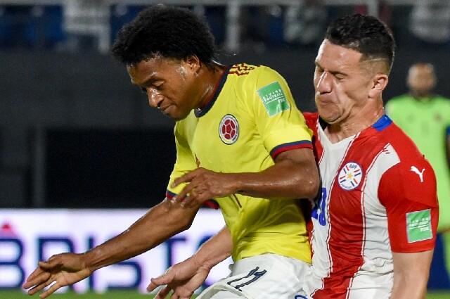 Juan Guillermo Cuadrado, en Paraguay contra Colombia