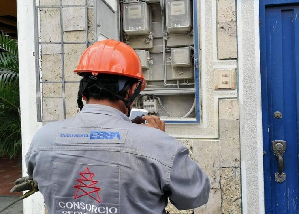 359482_BLU Radio. Servicio de luz / Foto: ESSA