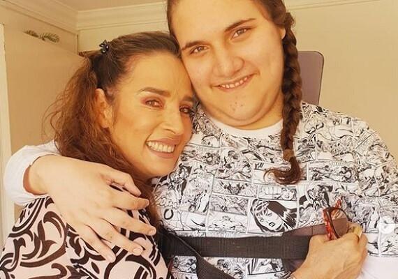 luly bossa y su hijo angelo.jpg