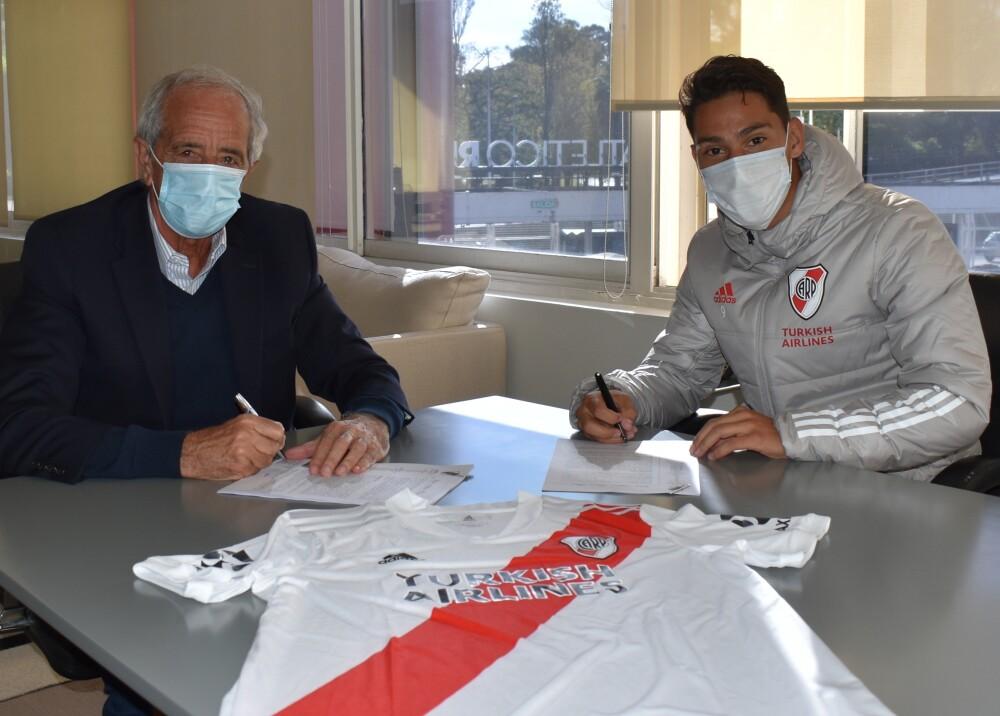 Flabián Londoño contrato con River Foto River.