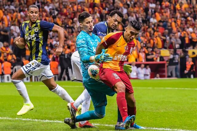 332807_La liga de Turqía no para