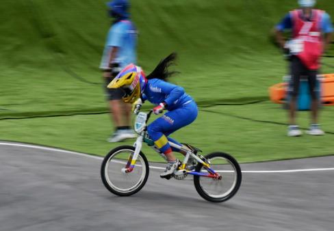 Mariana Pajón clasificó a las semifinales del BMX de los Juegos Olímpicos de Tokio 2020.