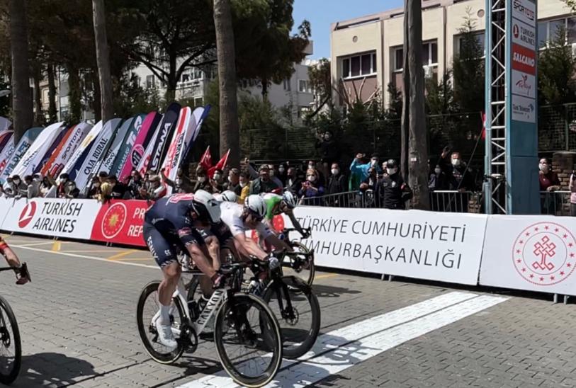 Jasper Philipsen ganó la etapa 6 de la Vuelta a Turquía