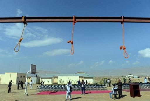 castigo talibanes