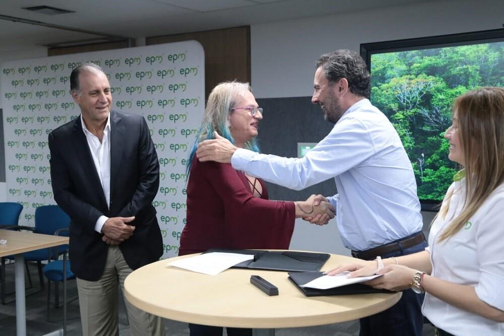 335046_BLU Radio. EPM e Instituto Humboldt firmaron convenio / Foto: EPM