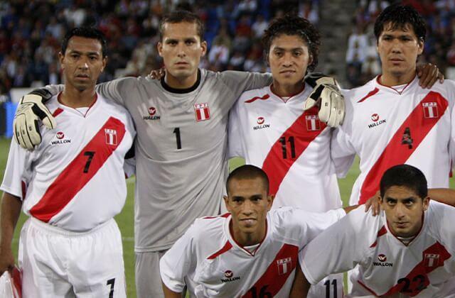 333684_'Ñol' Solano con Perú
