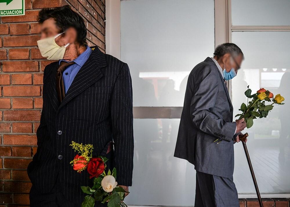371024_Adultos mayores en la pandemia del coronavirus // Foto: AFP, imagen de referencia