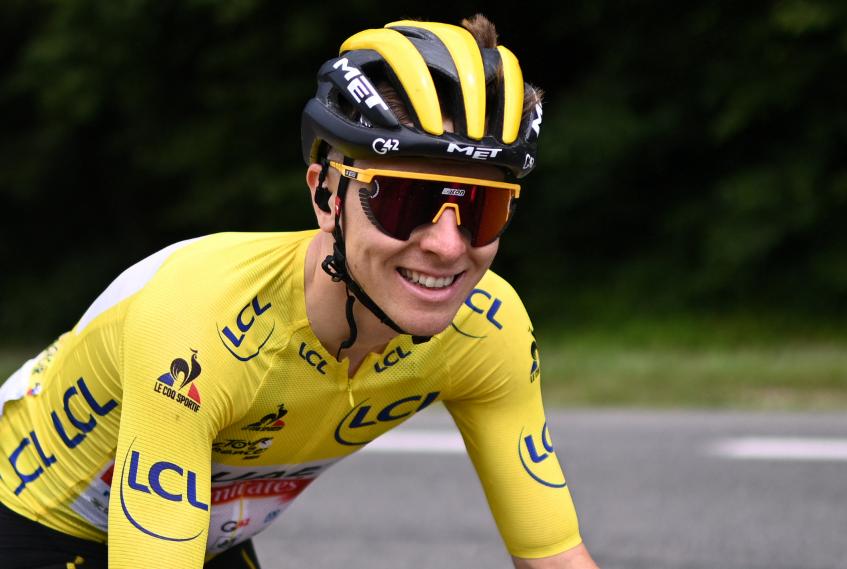 Tadej Pogacar sigue líder del Tour de Francia tras la etapa 10.