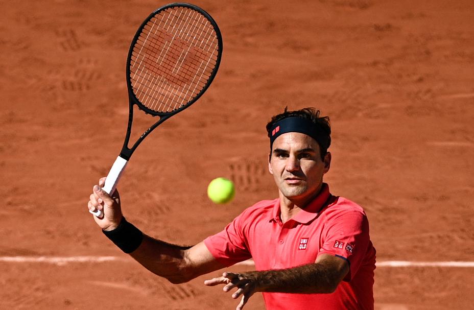 Roger Federer se estrenó con victoria en el Roland Garros 2021.