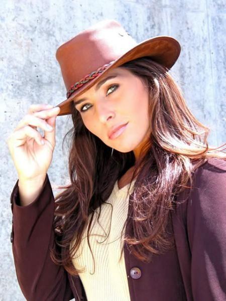 Dínora Rosales