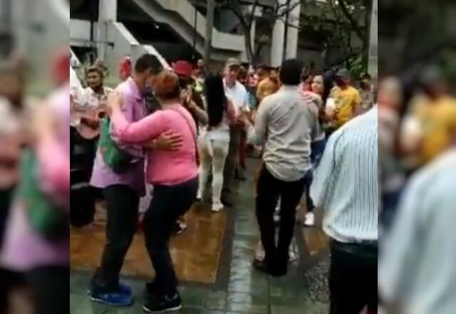 baile parque berrio.jpg