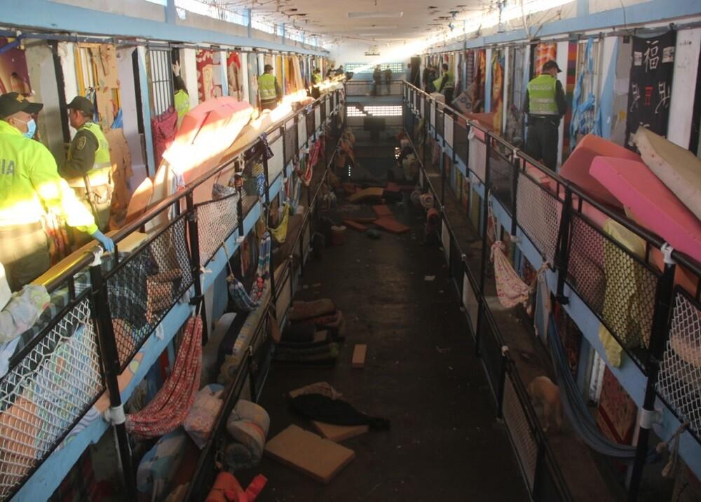 329216_BLU Radio. Cárcel Modelo de Bucaramanga/ foto: Policía.