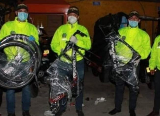 Brandon Rivera recuperó las dos bicicletas que le robaron en Zipaquirá.