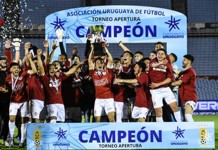 Rentistas Campeón Uruguay 151020 Twitter E.JPG