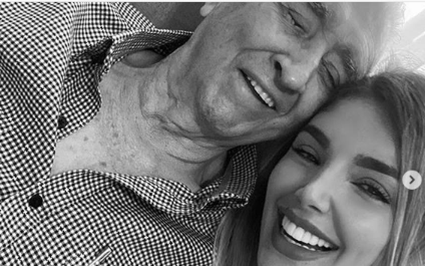 371530_Melina Ramírez y su abuelo fallecido. Foto: Instagram