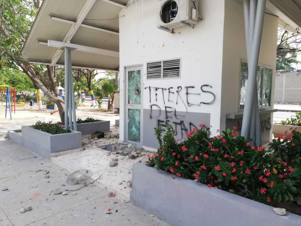 CAI vandalizado